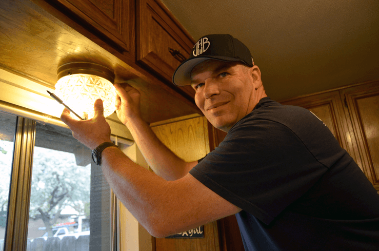 Jonathan Bray Home Inspection - Inspecting a Light